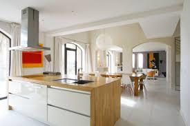 cuisine blanc laqué et bois bois et blanc laqué idées maison bois déco