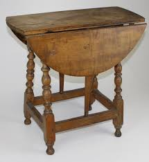 Maple Drop Leaf Table 18th C Eastern Mass Curly Maple Butterfly Drop Leaf Table