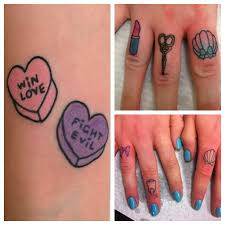 finger tattoo design awesome finger tattoo designs
