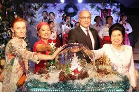 millennium bangkok organizes tree lighting ceremony