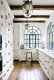 Black Hardware For Kitchen Cabinets Vancouver Interior Designer Which Pulls Knobs Should You Choose