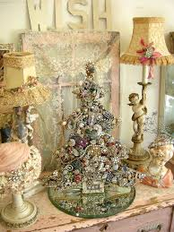 Shabby Chic Christmas Tree by Acc131f1eece6d2f89fad5fbde8c0563 Jpg 640 853 Pixels Shabby Chic