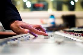 5 tips to make your radio ads grab attention and sell