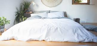 How To Set A Bed How To Keep Your Bed Sheets White And Bright The Sheet