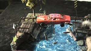 car junkyard diorama 1 24 general lee diorama youtube