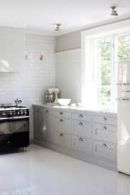 No Upper Kitchen Cabinets No Upper Cabinets Cottage Kitchen Interior Magasinet