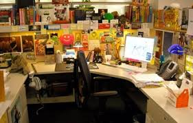 What Does Your Desk Say About You What Your Desk Says About You Boulibrand Stroumboulis