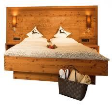 Schlafzimmer Zirbenholz Kaufen Hochwertige Und Kreative Massivholzmöbel Massivholzbett Bett