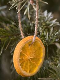 natural christmas tree decorations orange slices handmade