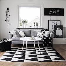 Black And White Living Room Decor Best 25 Black White Rug Ideas On Pinterest Black White Bedding