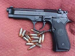beretta handgun