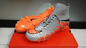 Sepatu Bola Grade Ori sepatu bola nike hypervenom ii silver flyknit terbaru dan termurah