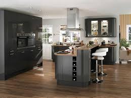 cuisine noir laqué plan de travail bois impressionnant cuisine grise plan de travail bois avec cuisine noir
