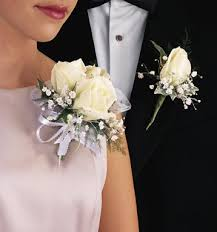 Corsage And Boutonniere Cost Mother Of The Bride Corsages Mother Of The Bride Corsage Group