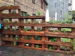 Pallet Gardening Ideas 18 Diy Garden Fence Ideas To Keep Your Plants Wood Pallet