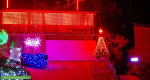 Cheap Christmas Decorations Adelaide by Big List Of The Best Christmas Lights In Adelaide 2016