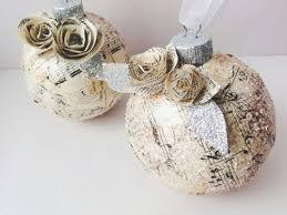 ornament of the parisian paper
