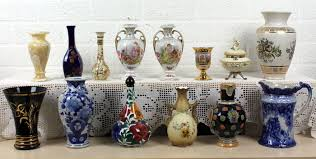 collection of 14 ornamental vases catawiki