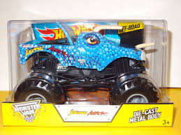 what monster trucks are at monster jam 2014 amazon com jurassic attack wheels monster jam diecast 1 24