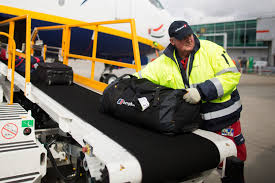 United Baggage Rules Secrets Baggage Handlers Keep Hidden From Customers Destination Tips