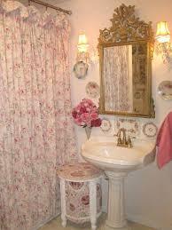 Decorating A Bathroom Best 25 Chic Bathrooms Ideas On Pinterest Neutral Bathroom