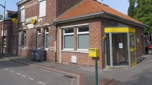 la poste bureau de poste polémique après la fermeture brutale du bureau de poste la voix