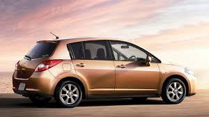 tiida nissan hatchback nissan tiida facelift revealed