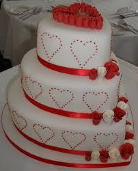 heart wedding cake wedding cakes wedding cake heart strawberry wedding cake heart
