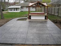 Basket Weave Brick Patio by Patios Design Concrete Corp