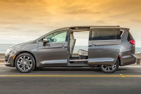 2017 chrysler pacifica warning reviews top 10 problems