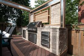 Built In Bbq With A Built In Barbeque Stone Countertops Stacked Stone
