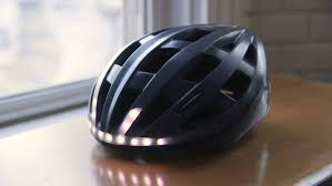 hã ngelen wohnzimmer lumos a bicycle helmet with turn signals and brake lights