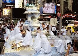 giant wedding cakes giant wedding cakes best ideas b17 all about giant wedding cakes