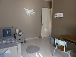chambre bleu et taupe chambre bb couleur taupe lit bb moderne roulettes de chez conforama