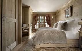 chambre chalet beau chalet de luxe à courchevel bois massif le chalet et chalet
