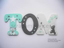 lettres décoratives chambre bébé lettre prénom bois décoration chambre enfant et bébé prénom en