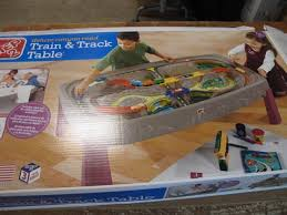 train and track table step 2 754700 canyon road train track table car set all in one
