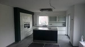 küche einbauen häcker systemat küche aufgebaut montage der einbauküche