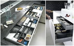 rangement d angle cuisine amenagement placard cuisine angle photos de design d intérieur