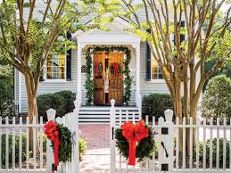 The Bookshelf Thomasville Ga Celebratie Christmas Like They Do In Thomasville Ga Southern Living