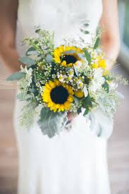 sunflower bouquets sunflower wedding bouquet gorgeous