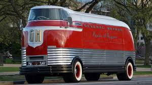 Future Gm Trucks Bbc Autos Gm Futurliner Taking Yesterday U0027s Tomorrow For A Spin