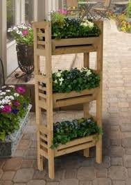 someeeeone needs to make me a plant stand like this wood