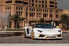 gold lamborghini lamborghini just made a one off car for qatar and it u0027s covered in