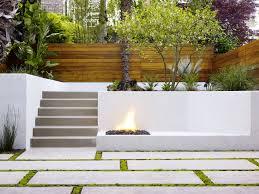 five good looking front garden wall ideas