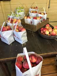 Apple Barn Troutville Va Bryant Orchards Home Facebook