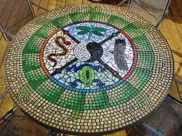 medicine wheel i think it looks like a fancy feathered pack of