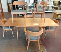 bid in online auctions liveauctioneers heywood wakefield wishbone table 6 chairs