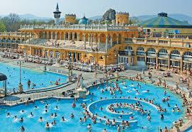 Outside Pool Szechenyi Baths U2013 Szechenyi Spa Baths Budapest U2013 Guide U0026 Booking