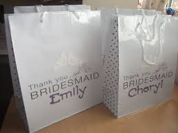 bridal party gift bags bridesmaid gift bags 2017 wedding ideas magazine weddings